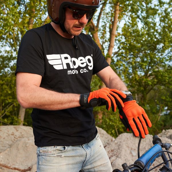 Roeg OG Tee T-Shirt Black Lifestyle