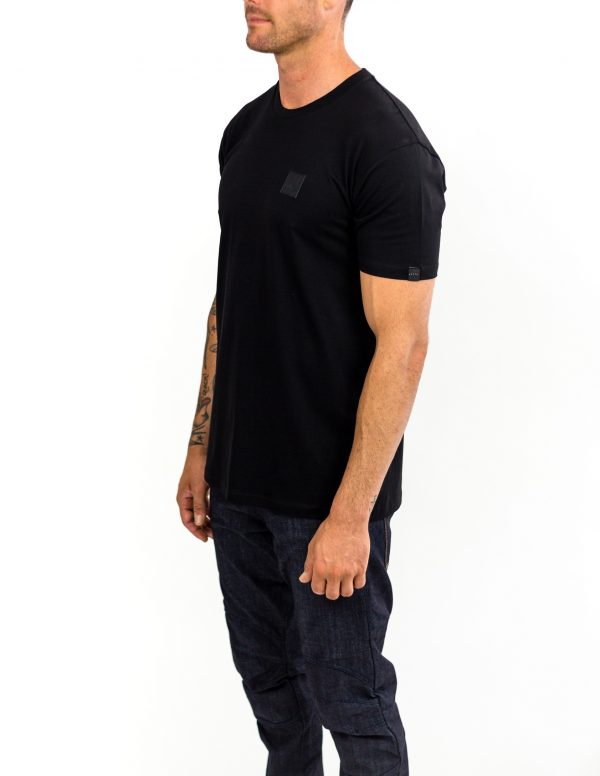 CLUTCH MOTO ICON TEE BLACK FRONT SIDE