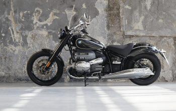 2021 BMW-r-18-first-edition