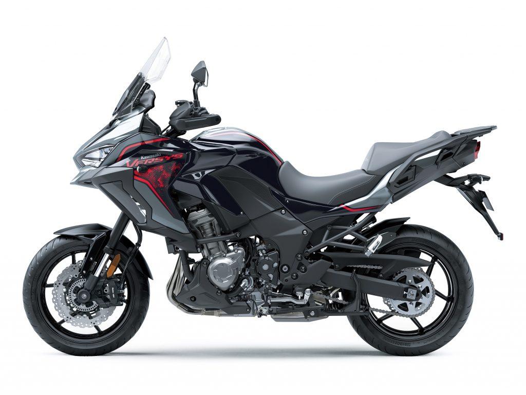 Kawasaki Versys 2021 model static1
