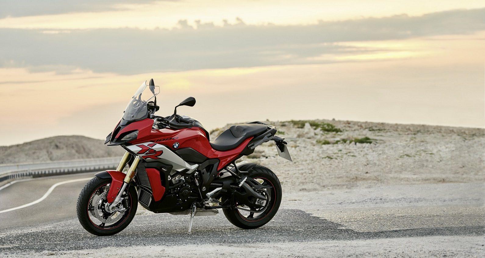 2021-BMW-S-1000-XR-Hero