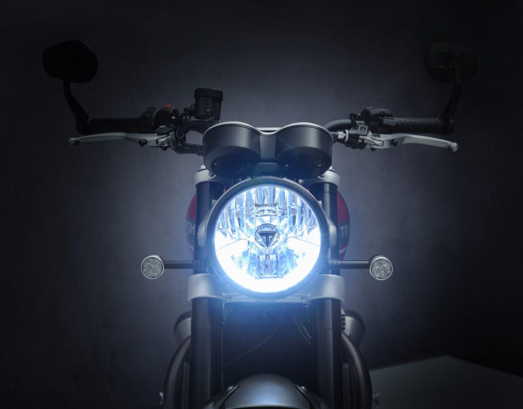 2021_Triumph_Speed_Twin_Details3