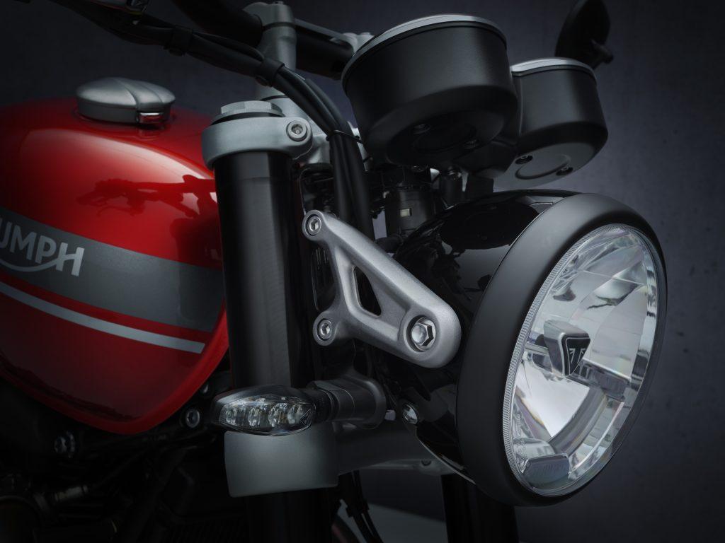 2021_Triumph_Speed_Twin_Details6