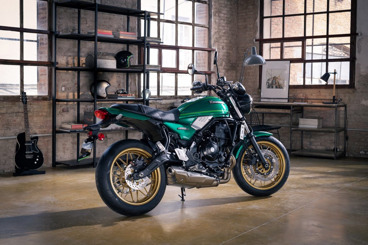 Kawasaki Extend Their Retro Offering With 2022 Z650RS